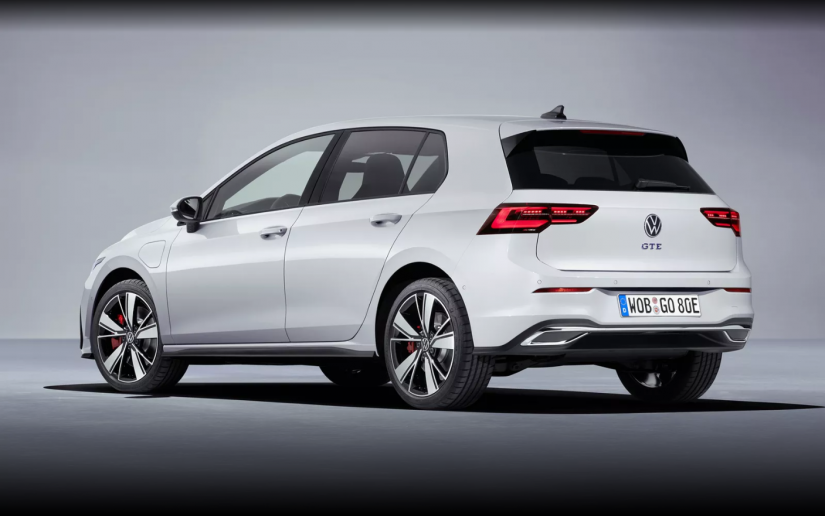 Volkswagen lança oficialmente novo Golf GTI com 245 cavalos e câmbio manual - Foto 4
