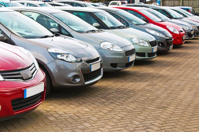 Pandemia derruba vendas de carros no Brasil inteiro