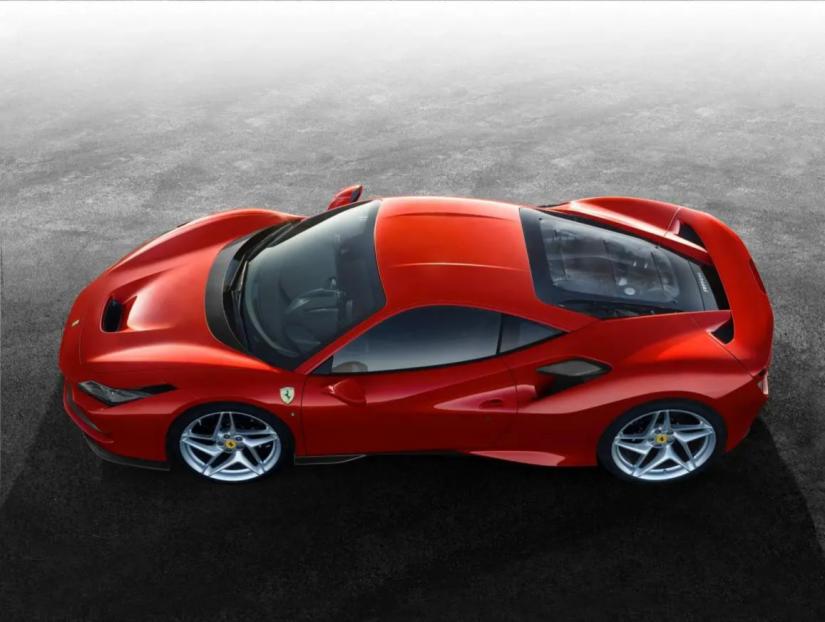 Ferrari F8 Tributo começa a ser vendida no Brasil