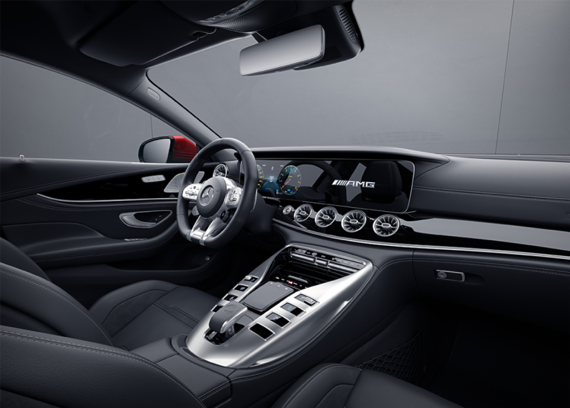 Mercedes-AMG GT 43 chega ao Brasil por R$ 575.900