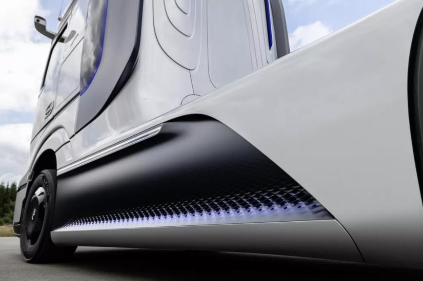 Mercedes-Benz mostra caminhão movido a hidrogênio