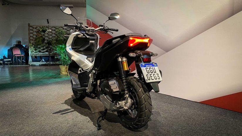 Honda lança nova ADV 150 com preço de R$ 17.490 - Foto 3