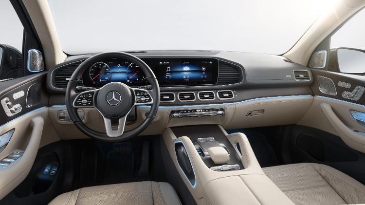 Mercedes-Benz lança novo GLS no Brasil por R$ 917.900