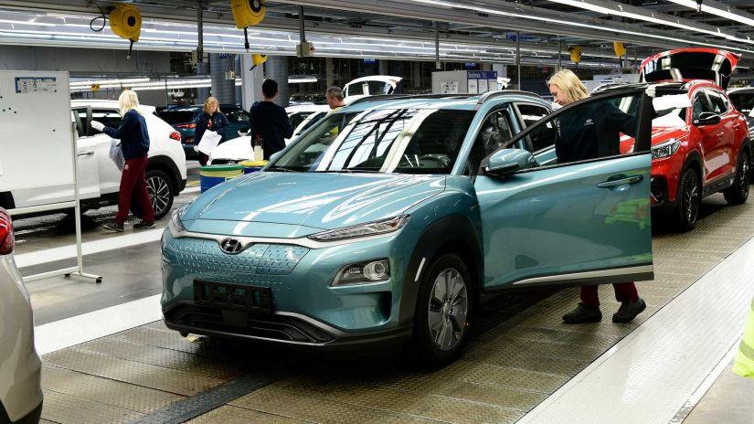 Hyundai divulga recall de carros elétricos por problema nas baterias