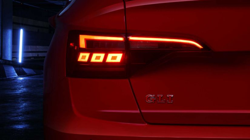 Volkswagen lança Jetta 2021 apenas na versão 2.0 turbo no Brasil