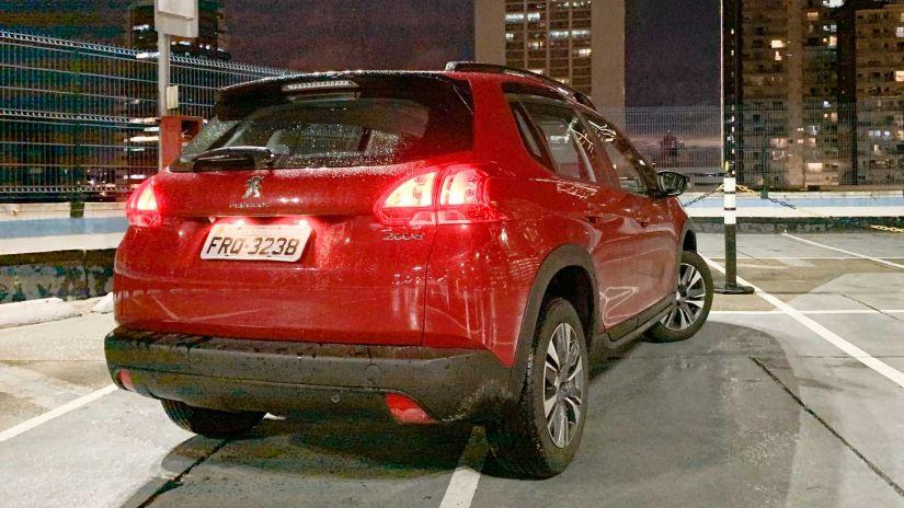 Peugeot tira de linha versão de entrada do 2008 2022