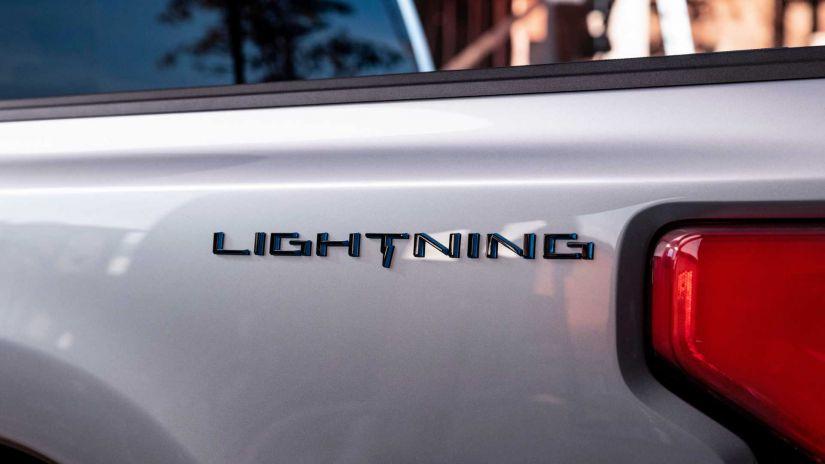 Picape elétrica baseada na Ford F-150 ganha nome e data de estreia