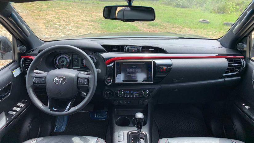 Toyota Hilux GR Sport 2022 será lançado até o final do ano