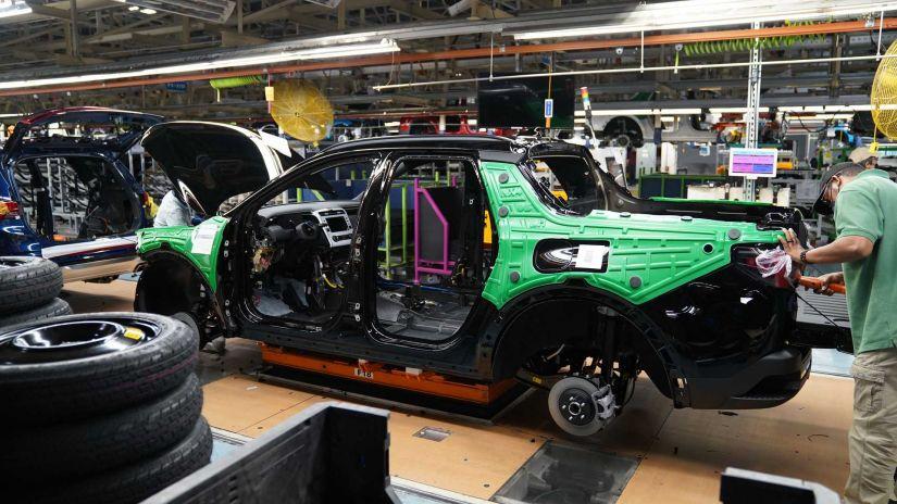 Hyundai inicia produção em série do novo Santa Cruz