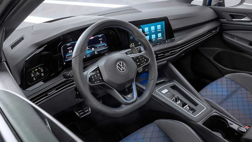 Volkswagen apresenta novo Golf R Variant 2022