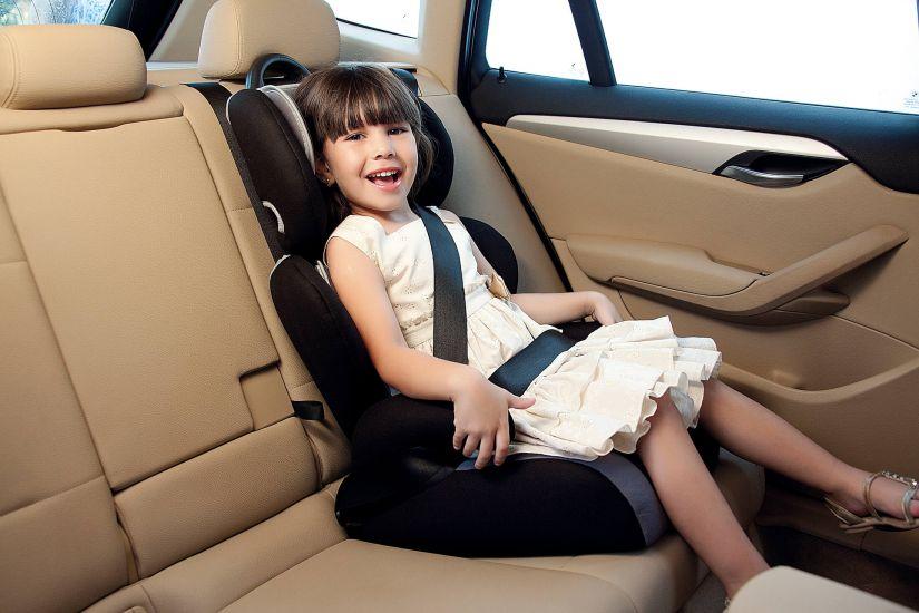 Crianças no carro: Confira dicas de segurança para a volta às aulas!