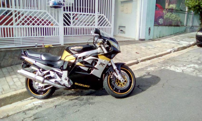 Suzuki GSX R 1100 W - Foto #2