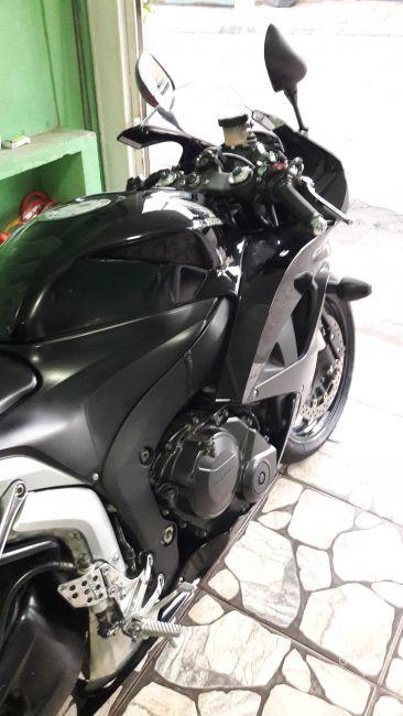 Honda CBR 600 RR (ABS) - Foto #8