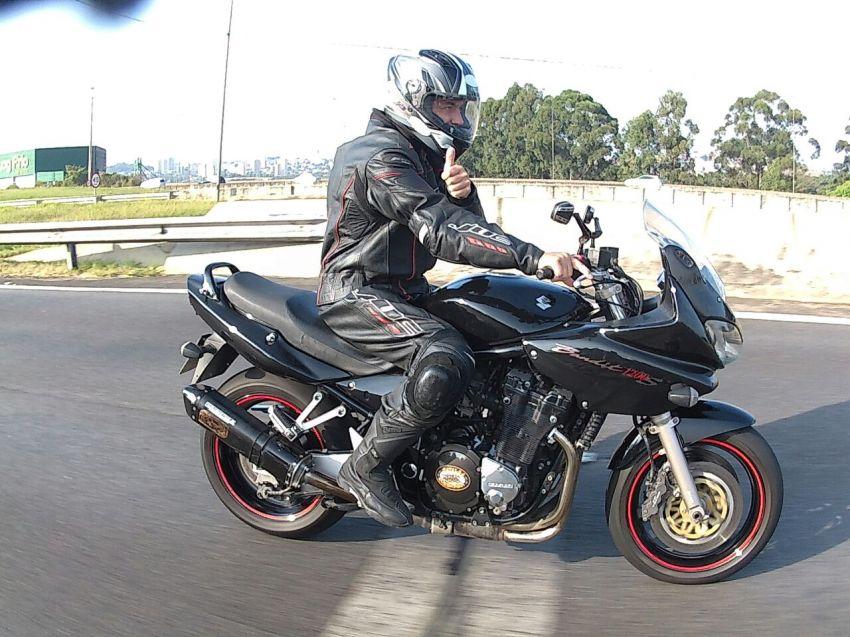 Suzuki Bandit 1200 S - Foto #9