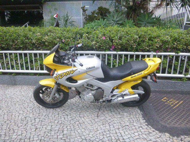 Yamaha TDM 850 - Foto #1
