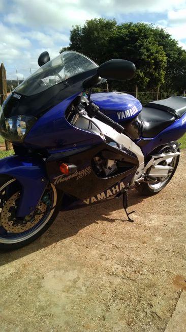 Yamaha YZF 1000 Thunderace - Foto #2
