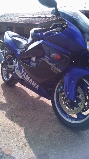 Yamaha YZF 1000 Thunderace - Foto #3
