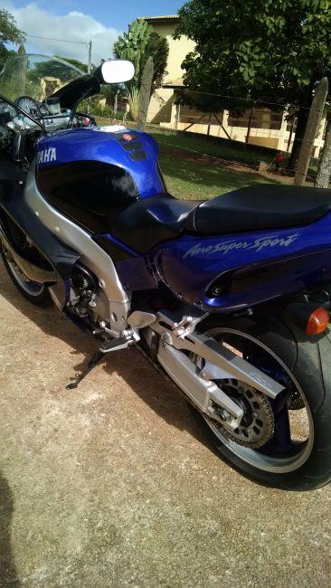 Yamaha YZF 1000 Thunderace - Foto #4