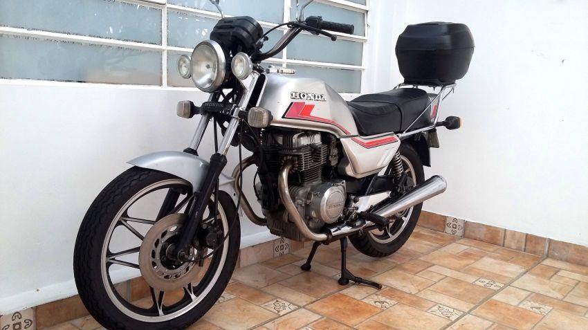 Honda CB 400 - Foto #4