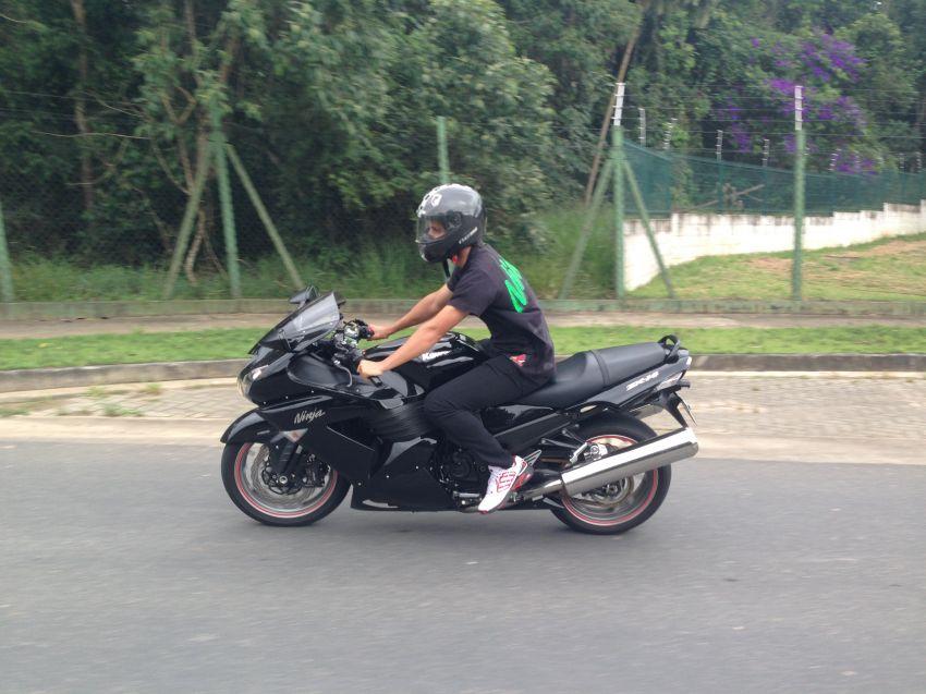 Kawasaki Ninja ZX 14R (ABS) - Foto #4