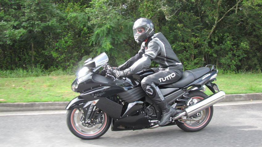 Kawasaki Ninja ZX 14R (ABS) - Foto #6