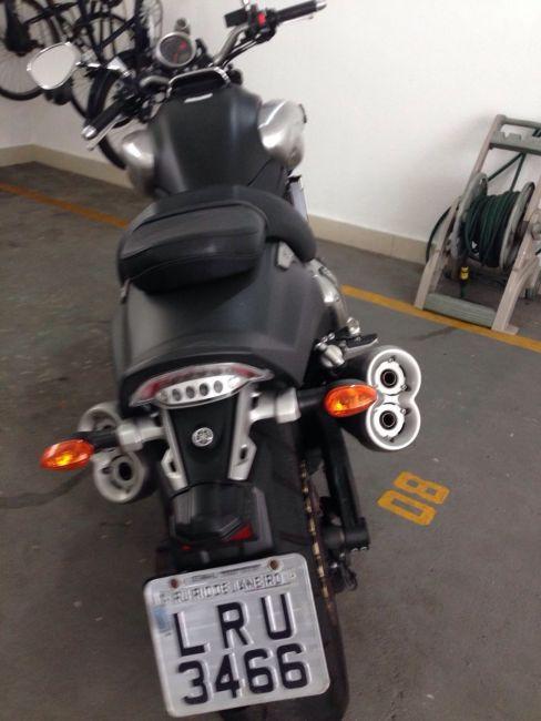 Yamaha V MAX 1700 - Foto #2