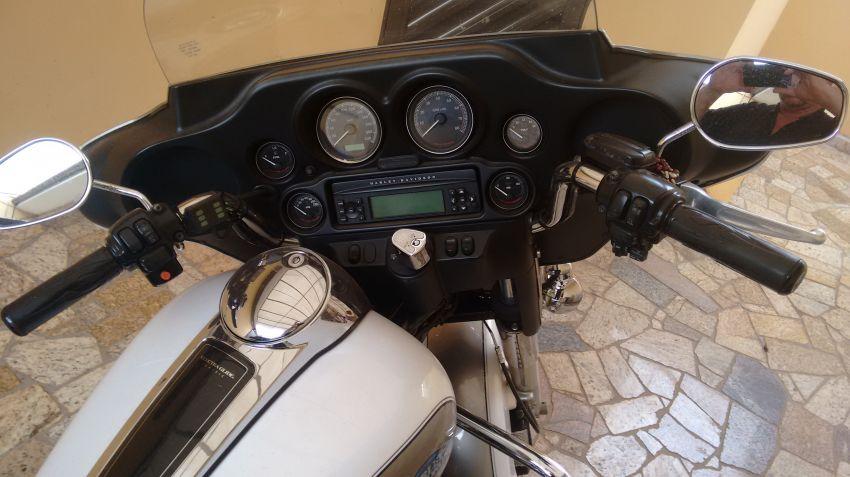 Harley-Davidson Electra Glide Ultra Fuel Injection - Foto #3