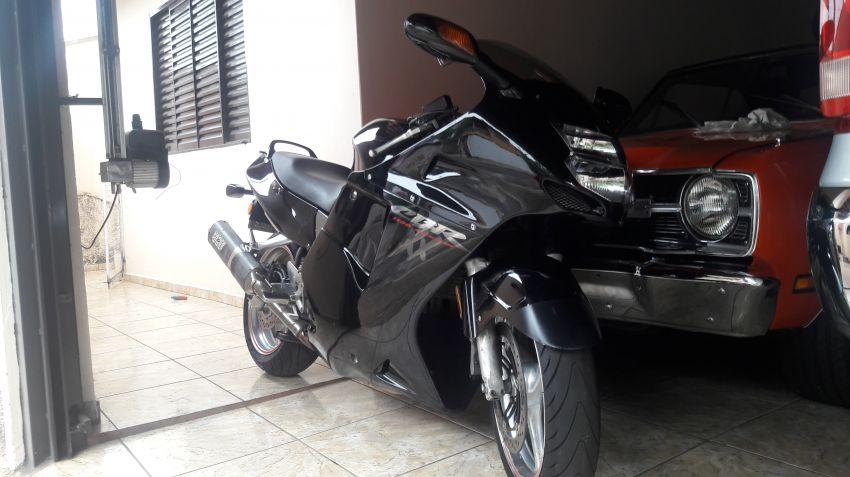 Honda CBR 1100 xx Super Blackbird - Foto #4