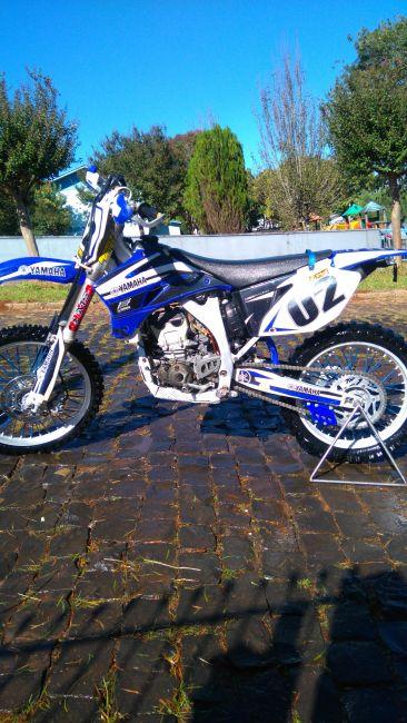 Yamaha YZ 250F - Foto #1