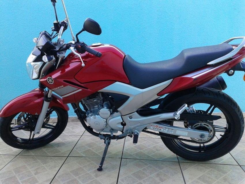 Yamaha YS 250 Fazer - Foto #1