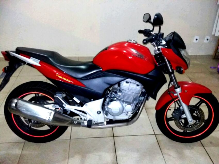 Honda CB 300R - Foto #5