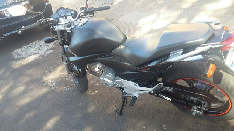 Honda CB 300R - Foto #8