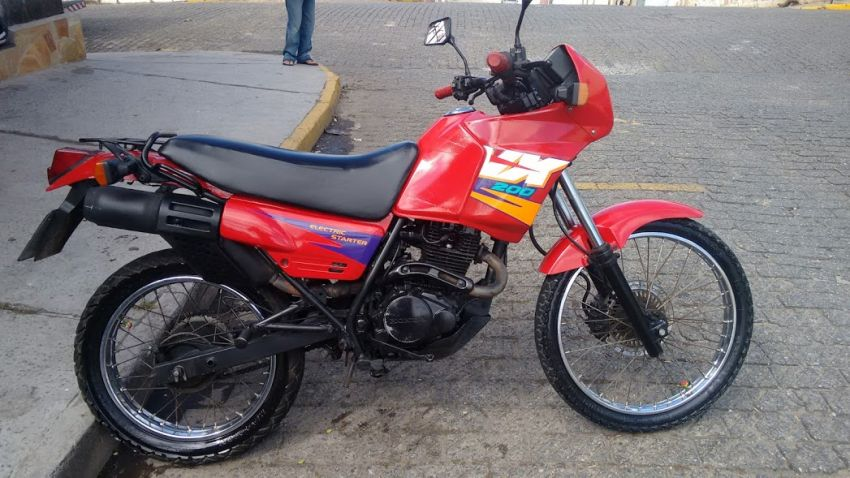 Honda NX 200 - Foto #1