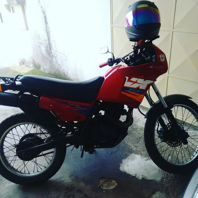 Honda NX 200 - Foto #4