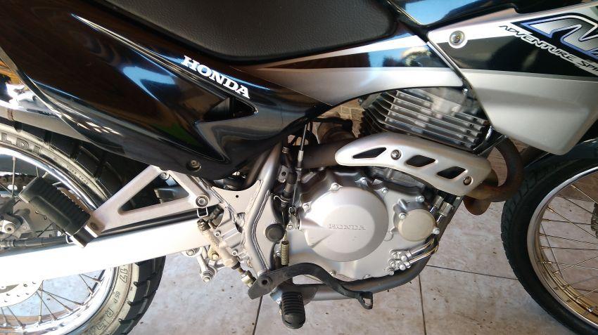 Honda NX 4 Falcon 400 - Foto #4