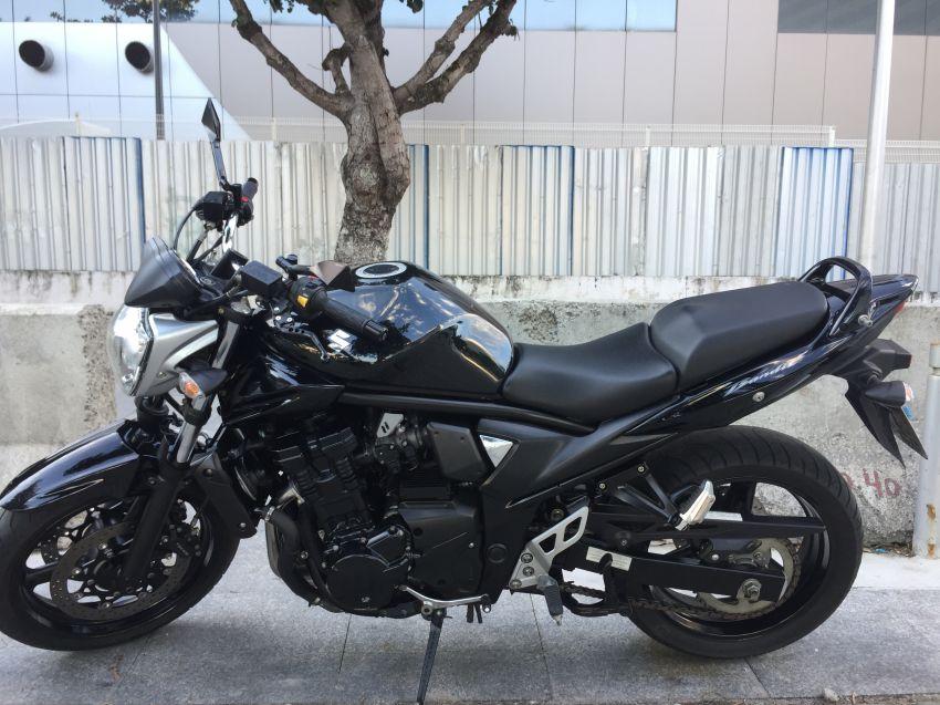 Suzuki Bandit N 650 - Foto #1