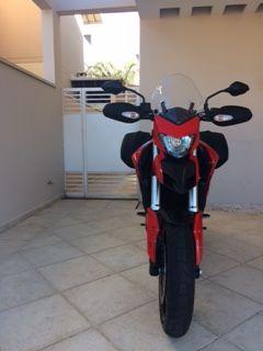 Ducati Hyperstrada 821 - Foto #4