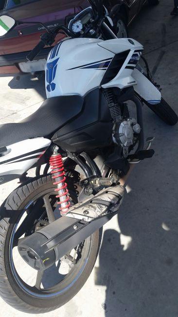 Yamaha YS 150 Fazer SED