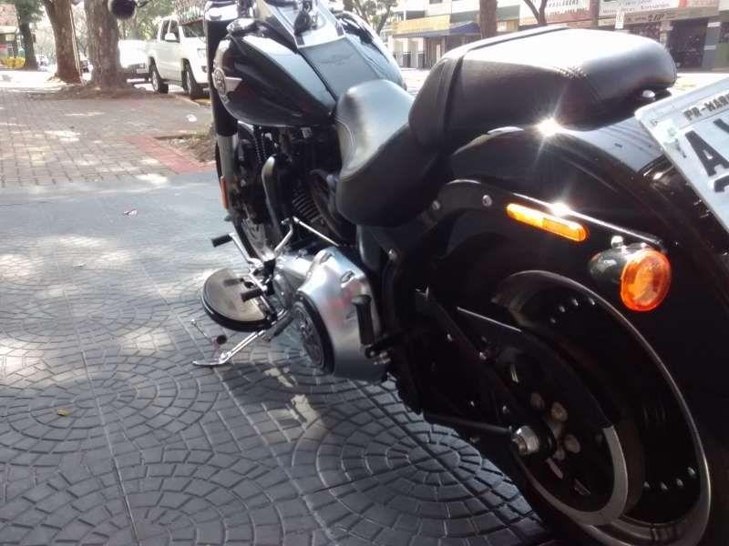 Harley-Davidson FLSTC Softail Classic - Foto #4