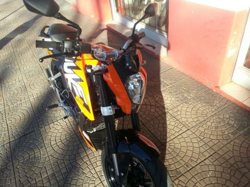 KTM Duke 200 - Foto #2