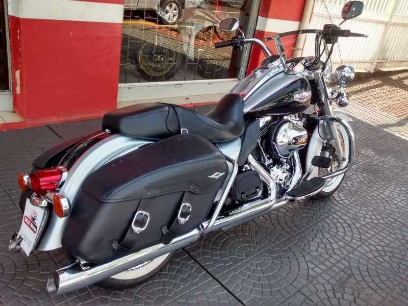 Harley-Davidson Flhr Road King Classic - Foto #3