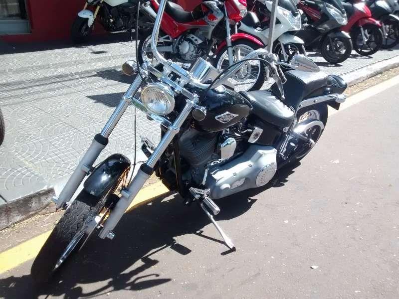 Harley-Davidson FXSTD Softail Deuce - Foto #3