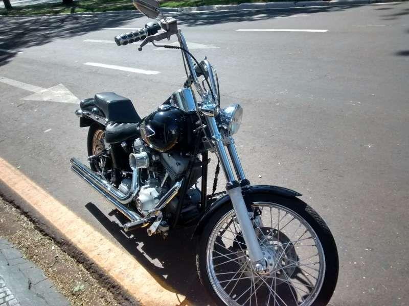 Harley-Davidson FXSTD Softail Deuce - Foto #4