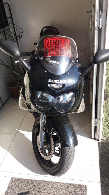 Suzuki GSX 750 F - Foto #2