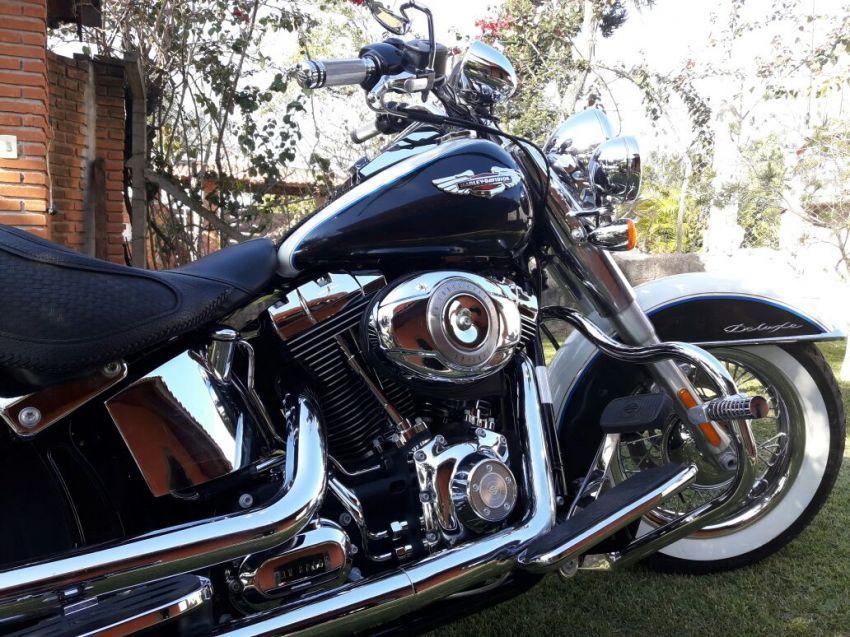 Harley-Davidson Softail De Luxe - Foto #5