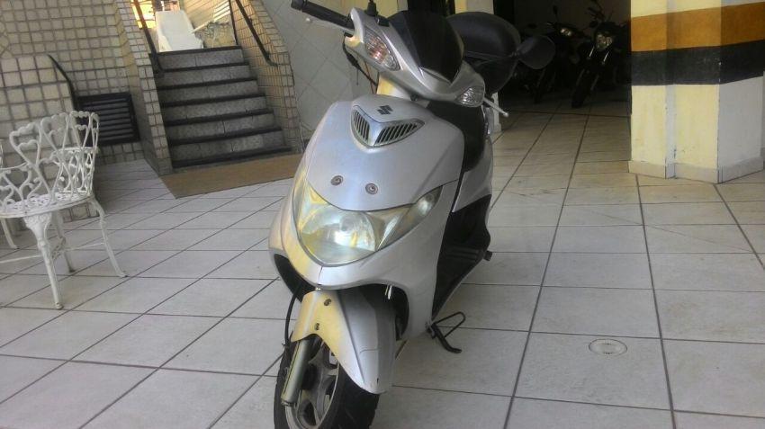 Suzuki Burgman 125i - Foto #3