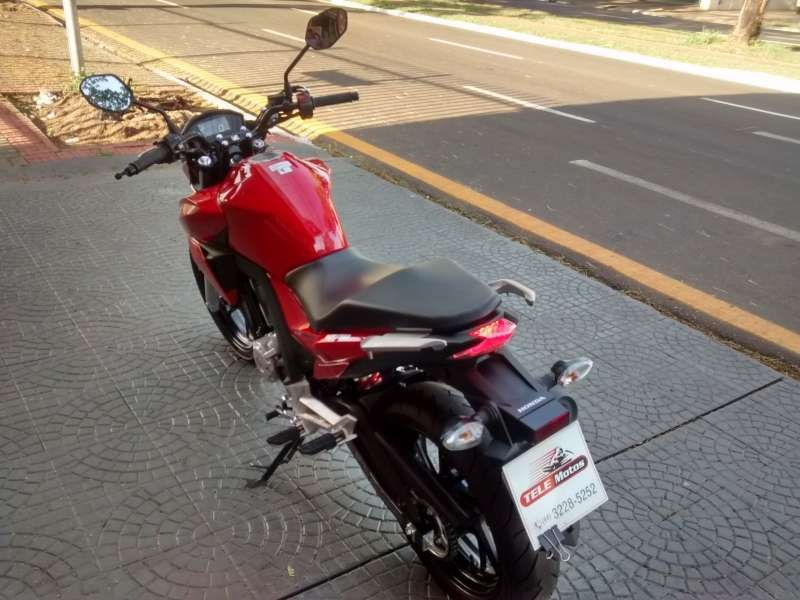 Honda Twister (STD) - Foto #4