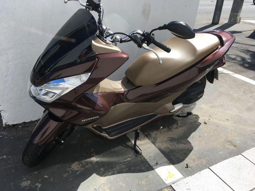 Honda PCX 150 DLX - Foto #2