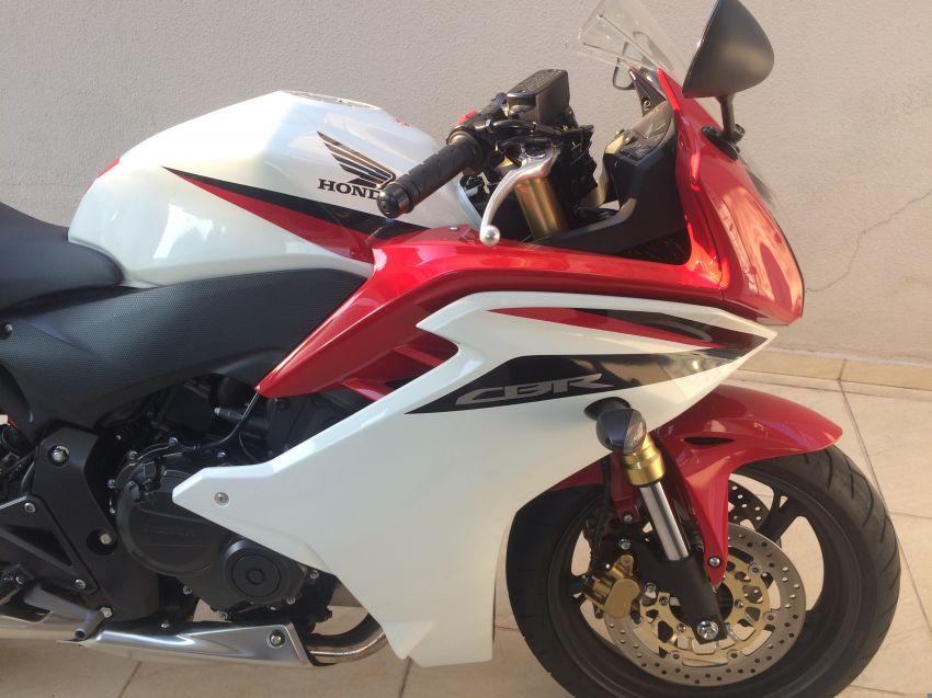 Honda CBR 600 F - Foto #2