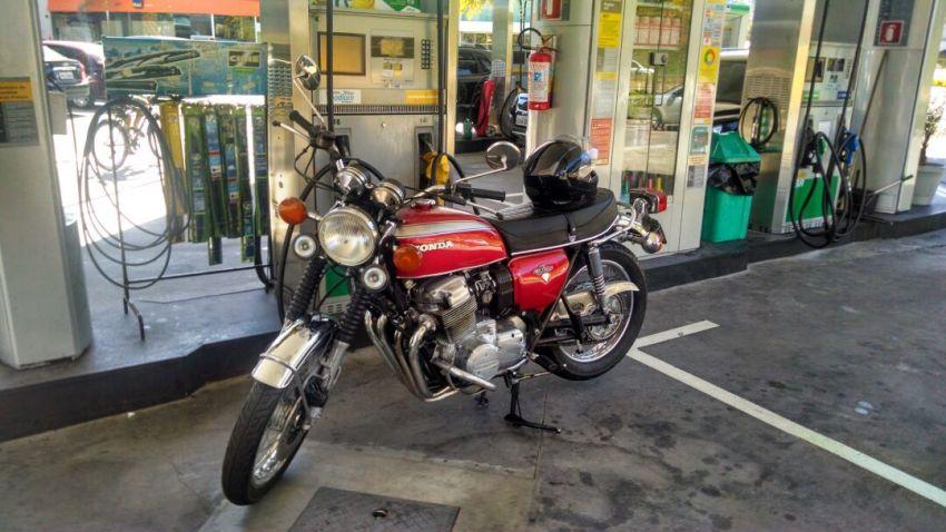 Honda CB 750 Four - Foto #3